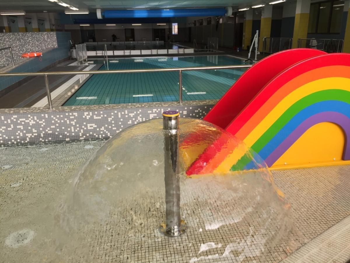 Clydebank leisure centre west dunbartonshire rlf for Swimming pool west end glasgow